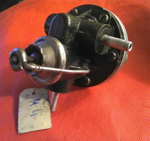 Benzinpumpe , Kraftstoffpumpe Wartburg 311 312 313 , IFA F9