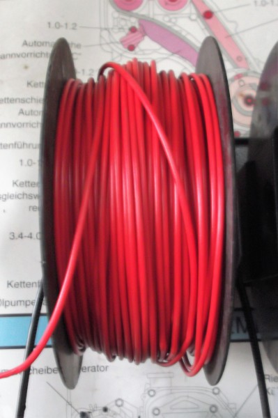 Kabel , Fahrzeugleitung rot