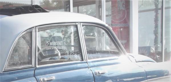Scheibe , Seitenscheibe hinten Wartburg 311 Limousine