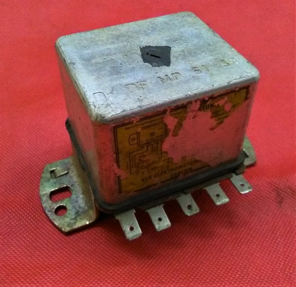 Regler Lichtmaschine 14 V